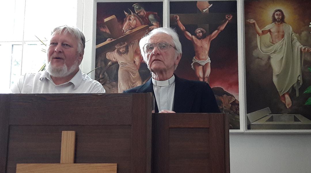 Pühapäeval, 17. septembril, tähistati EMK Narva koguduses emeriitpastor Peeter Piirisilla 90. juubeli  sünnipäeva.
