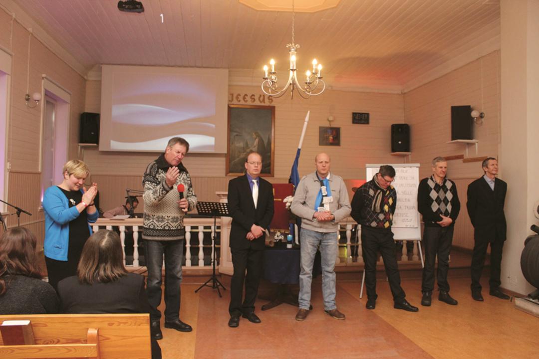 Erinevate koguduste pastorite ja töötegijate ühine palve Eestimaa pärast. Foto: Hanno Kull