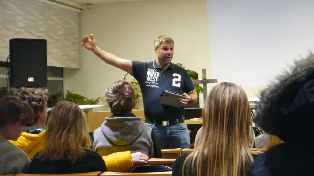 Noortejuhtide koolitusel