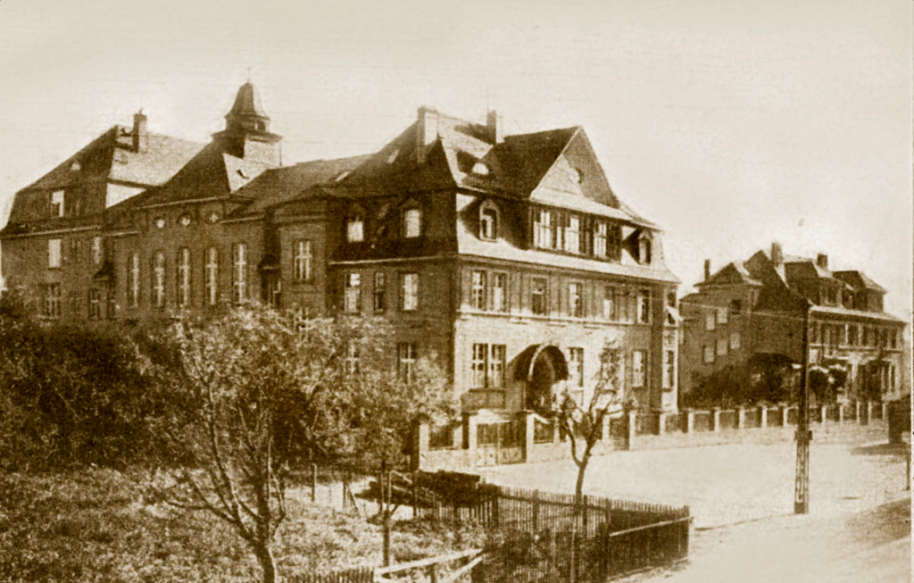 Helsingi soomekeelse koguduse misjonimaja Fredrikintoril, kus aastail 1907−1928 asus Metodisti Teoloogiline Seminar.